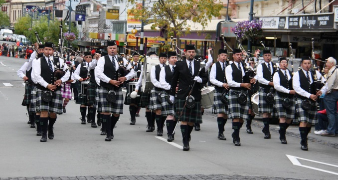 pipe cobourg bands and the games drums of drum at pipes highland